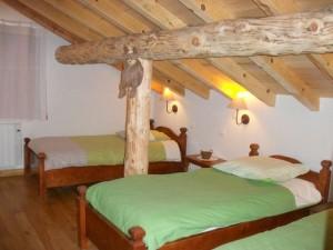 une chambre trois lits de l'aile Ouest , les deux premiers peuvent être côte à côte ou séparés